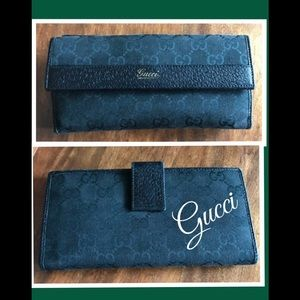 Vintage Gucci GG logo canvas and leather wallet
